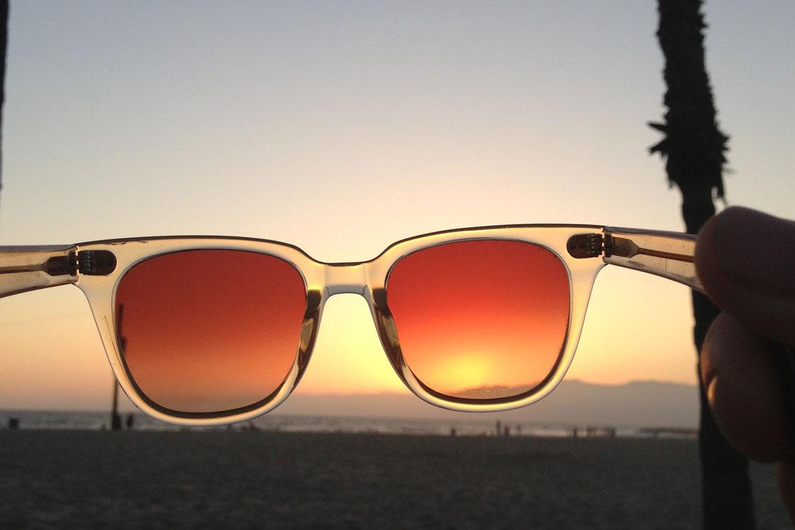 43ad277d07095 Como saber se os óculos de sol protegem das radiações  – Chiado ...