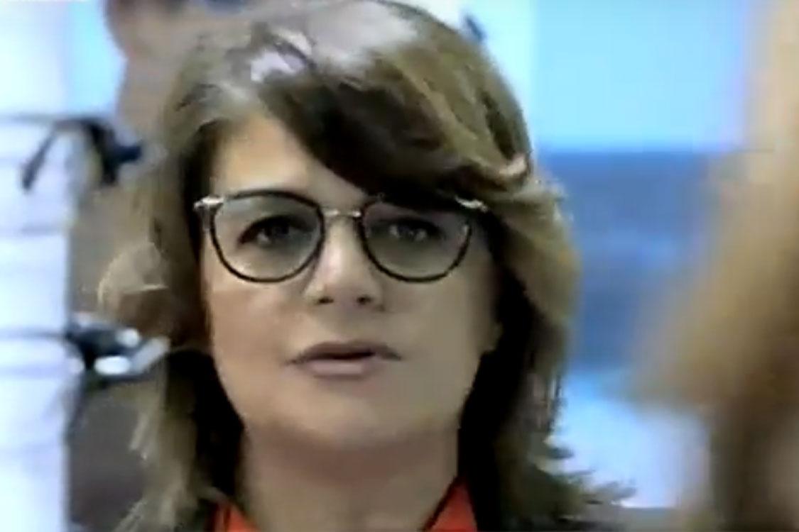 ... a apresentadora Júlia Pinheiro acabou por sofrer um contratempo que  quase a impediu de conduzir o seu programa na SIC  partiu os óculos. 8369ac9066