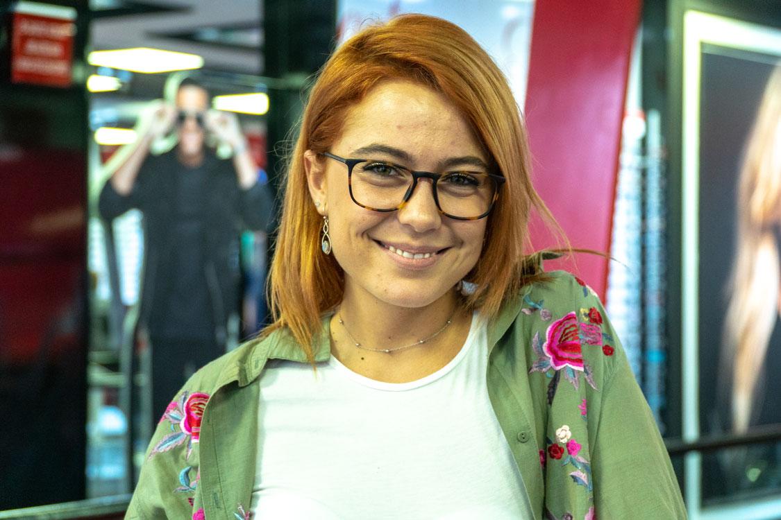 e62178667 Com uma vida tão agitada, entre o trabalho e os cuidados com o seu filho de  apenas dois anos, Ana Marta Ferreira lá acabou por partir os seus óculos.