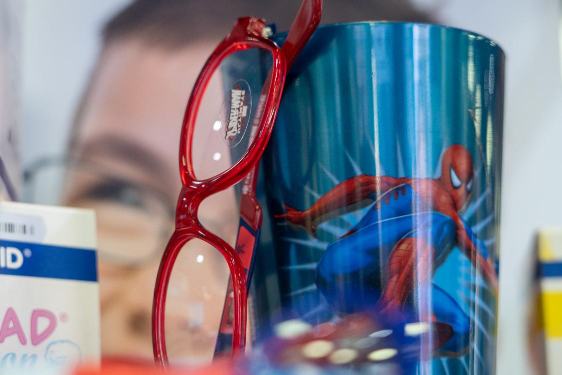 Neste ano letivo, os seus filhos vão ser uns super-heróis com os nossos óculos!