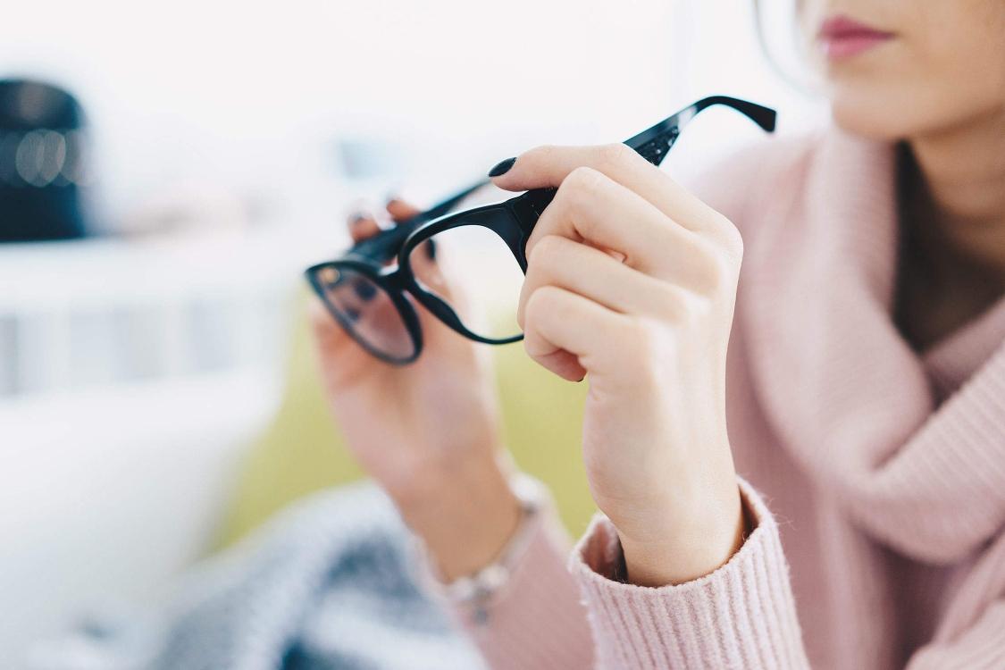 Sabia que as lentes prismáticas são uma boa solução para a dislexia e a correção postural?