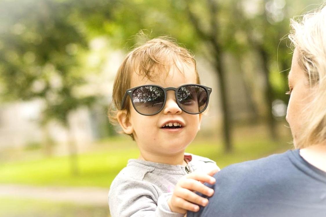 Ótica de criança: proteja os olhos dos mais pequenos na Primavera!
