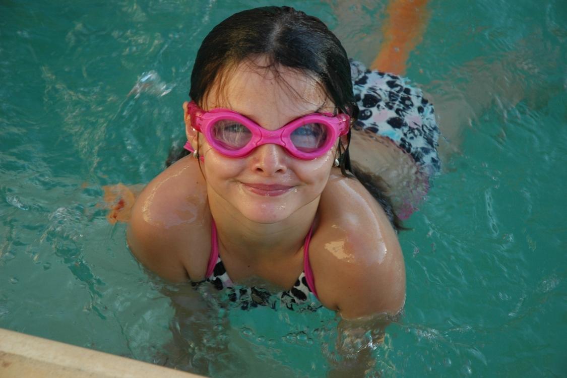 Ótica de criança: estes cuidados são importantes para os olhos dos mais pequenos no verão!